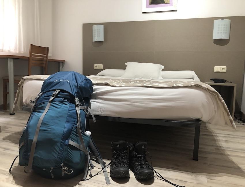 Ist man noch Pilger, wenn man in Hotels schläft?